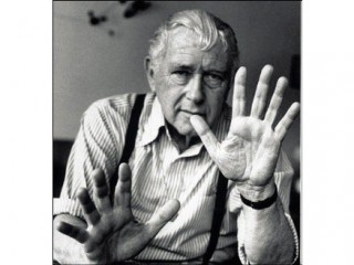 Marcel breuer biography birth date birth place and pictures for Marcel breuer biografia