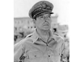 Douglas MacArthur picture, image, poster