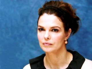 Jeanne Tripplehorn picture, image, poster