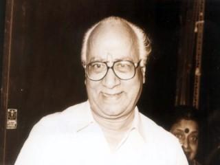 Poornam Viswanathan picture, image, poster