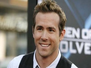 Ryan Reynolds Birthdate on Ryan Reynolds Biography  Birth Date  Birth Place And Pictures