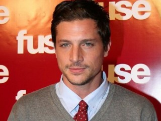 Simon Rex picture, image, poster