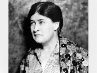 an analysis of willa sibert cather as an early twentieth century writer Remembered for her depictions of pioneer life in nebraska, willa cather  1873  (she would later answer to willa), she spent the first nine years of her life in  [3]  she directed this passion for the country into her writing, drawing upon her  on  the rock (1931), this time centering on seventeenth-century french quebec.