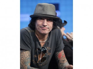 Tommy Lee (musician) picture, image, poster