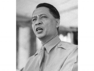 Manuel Roxas picture, image, poster