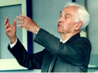 Ernst Mayr - Science and Technology biography