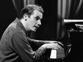 Glenn Gould picture, image, poster