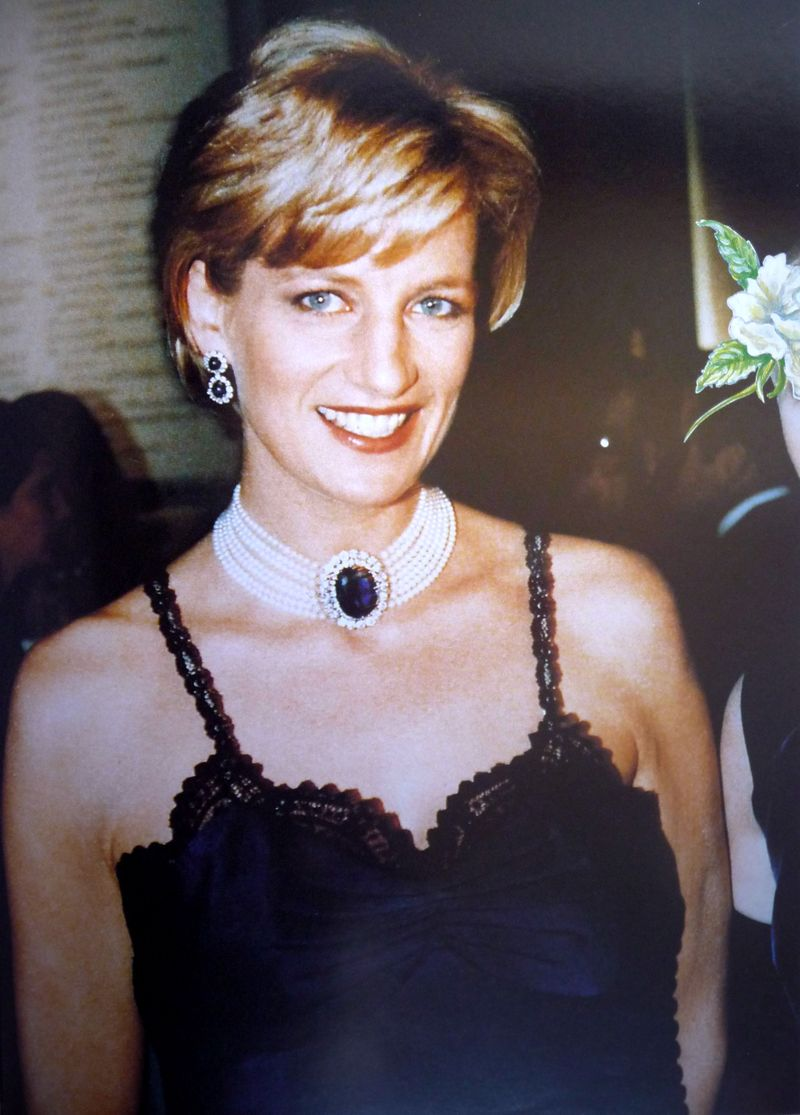 Princess Diana biography, birth date, birth place and pictures