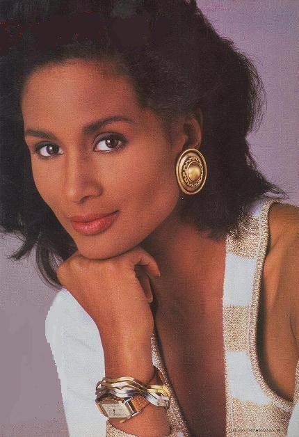 Beverly Johnson biography, photos and wallpapers ...