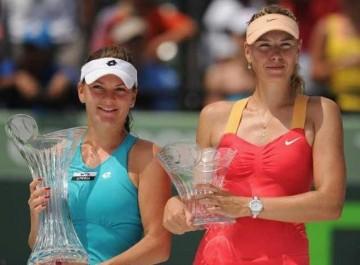 Sony Ericsson Open 2012: Agnieszka Radwanska defeats Maria Sharapova, claims her Miami Title