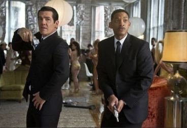 Men in Black 3 takes the first spot on Box Office, debuts with $55 million