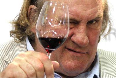 Gerard Depardieu says he adores Russia