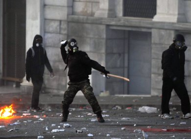 Greek protesters started riots over EU austerity measures, sets buildings on fire