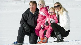 Dutch Prince stays in coma as he suffered brain damage, buried in an avalanche last week