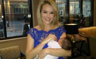British presenter Amanda Holden near to death at her daughter\'s birth