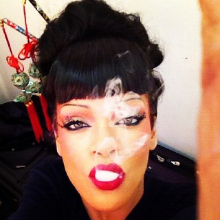 Pop princess Rihanna shares pictures from the video set of Princess of China biography