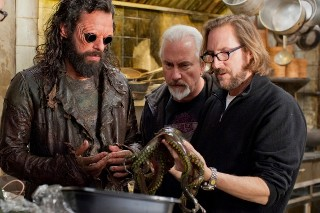 Columbia Pictures revealed aliens picture from Men in Black 3 set biography