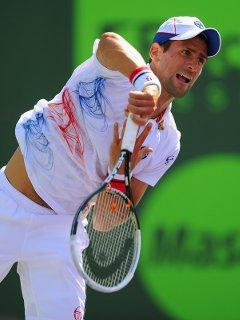 Andy Roddick beats Federer at day 7 of the Sony Ericsson Open, Azarenka and Sharapova reached quarter-finals